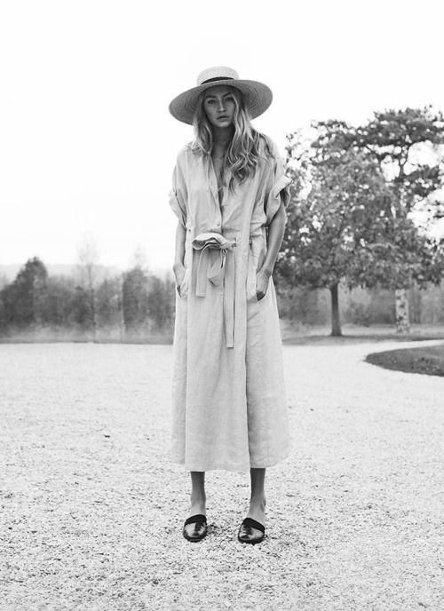 wide brim hat, belted shirtdress & sandals #style #fashion #summer