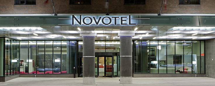 Novotel Ottawa is a trendy full-service 4-star hotel set in the heart of downtown Ottawa. Located just steps to the Byward Market and the Rideau Canal, a short walk to the Parliament and across the street from the Rideau Shopping Centre- the leading shopping destination in the city which holds one of the only Nordstrom stores in Canada. The Novotel Ottawa is perfectly situated across from the Shaw Centre (Ottawa Convention Centre) and the University of Ottawa is a short walk from the hotel.