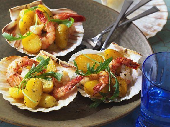 Marinierte Garnelen und Kartoffeln ist ein Rezept mit frischen Zutaten aus der Kategorie Muscheln. Probieren Sie dieses und weitere Rezepte von EAT SMARTER!