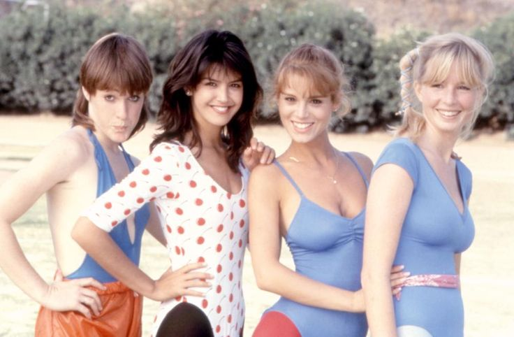"""Phoebe Cates and Betsy Russell on the set of """"Private School"""" in 1983 http://ift.tt/2hG3B98"""