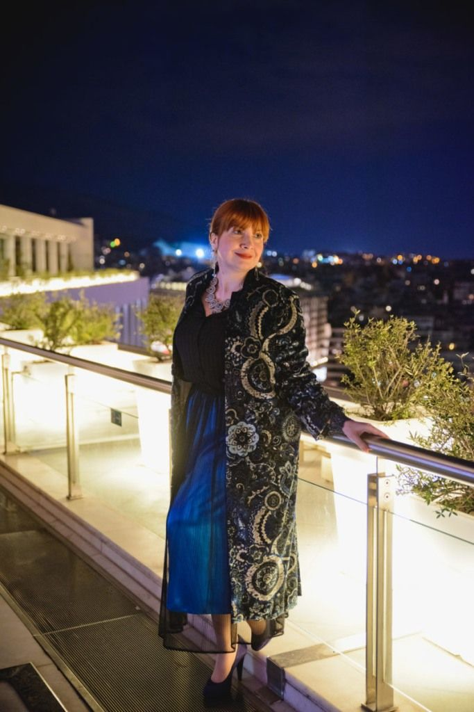 Sushi & Champagne under the stars of Hilton Athens Galaxy http://happilychic.com/en/sushi-hilton-athens-galaxy/If there is a place in Athens that I could call my favorite hangout, this is Galaxy Bar & Restaurant on the top floor of the Hilton Athens. I do love it and try to …