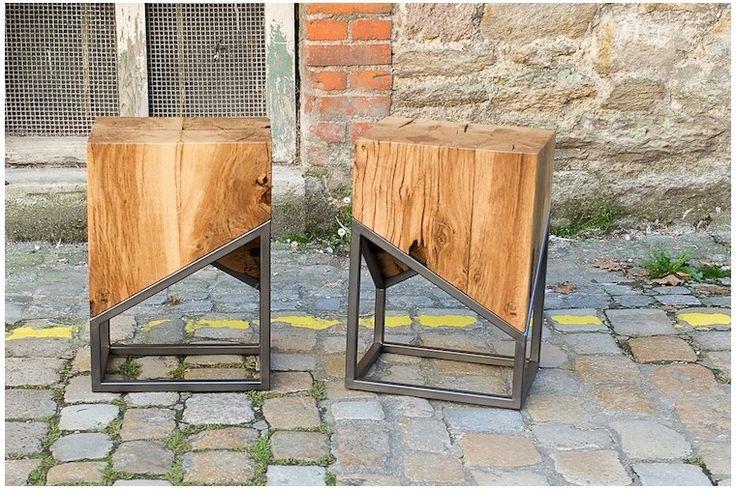 Ce guéridon joue sur le contraste des matières et le déséquilibre des formes. Vous allez adorer la pureté des matériaux bruts et des lignes asymétriques. Et en plus, il se transformera en console, table de chevet ou présentoir selon vos envies. #guéridon #table #nightstand #oak #chêne #acier #steel #meuble #mobilier #intérieur #design #furniture #interior #handmade #asymétrie #graphique #campagne #chic #industriel #minimalisme #minimalism