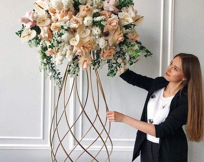 Support Pour Arrangement Floral En Métal Stand Floristique Decor Table Centre De Table Floral Arrangements Wedding Floral Wedding Luxury Wedding Decor