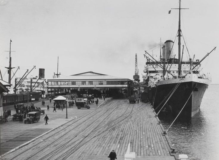Station Pier, Port Melbourne, Victoria, 1920-1939 - Museum Victoria