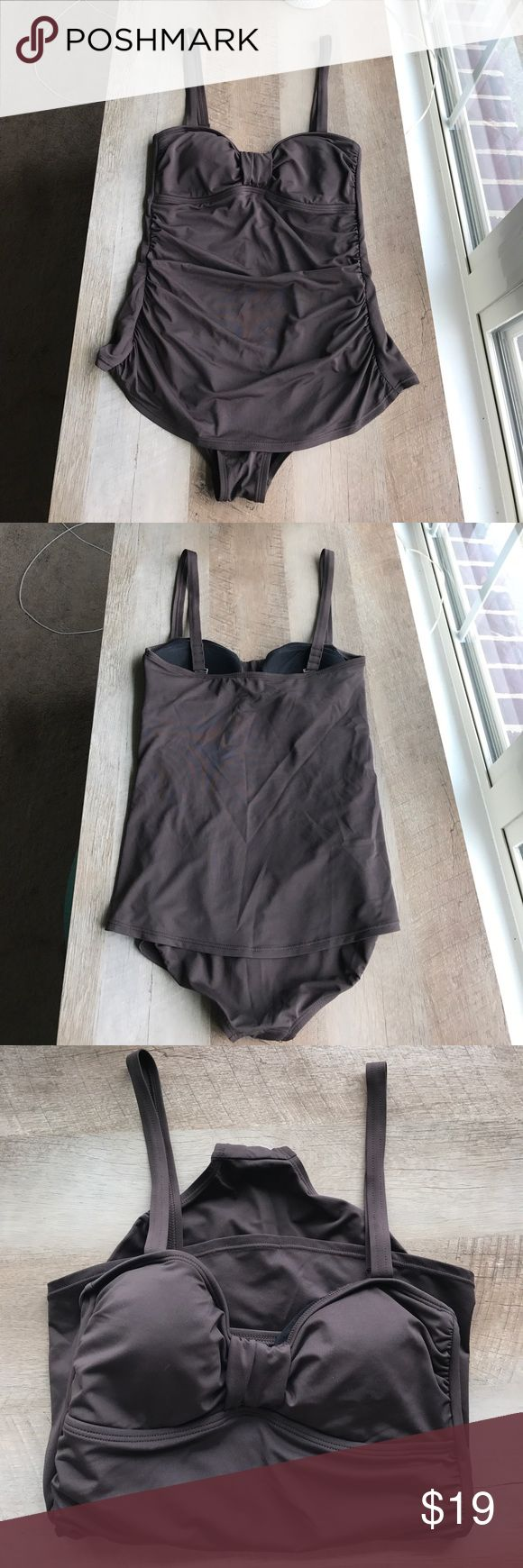 A.N.A. Brown One Piece Swimsuit with Skirt Size 8 Very flattering dark brown fully lined Retro style one pierce swimsuit with removable straps and separate swim Skirt (can be worn over one piece or with bikini top, built in panties with skirt). Size 8 but fits 6-8. a.n.a Swim One Pieces