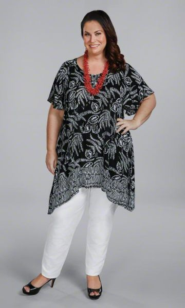 Casual elegance in a flattering black and white botanical print creates our gorgeous Leonora Tunic! Shown with our Tailored Stretch Twill Pants Soft woven fabric Short sleeves 100% rayon 37 long in size 4X Machine wash Imported Pricing: 1X-2X - $99 3X-8X - $109