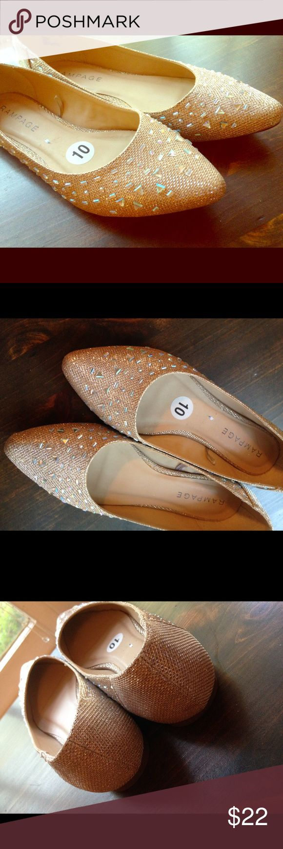 Champagne colored Rampage sparkly flats Like new, worn 1x around my apartment for a few hours. Sparkly Rampage brand flats in a glittering champagne color. Great neutral color but the sparkly factor dresses it up a touch. Wear with your favorite jeans or a cute dress. Rampage Shoes Flats & Loafers