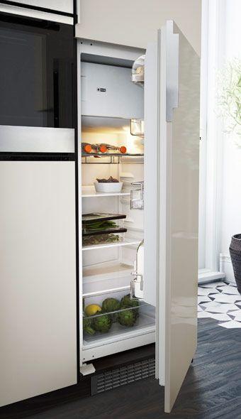 EFFEKTFULL réfrigérateur/congélateur encastré, porte ouverte
