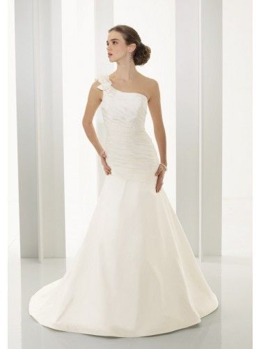 Taffeta One-Shoulder Mermaid Wedding Dress