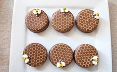 chocolate covered honeybee oreos
