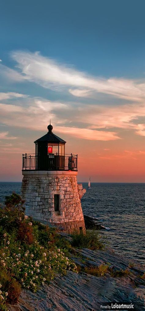 Castle Hill #Lighthouse ~ Newport, #R.I. USA