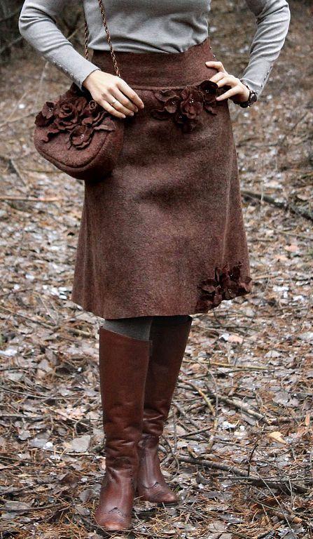 """Купить Теплая юбка и сумочка из войлока """"Горячий шоколад"""" - коричневый, шоколадный, горький шоколад"""
