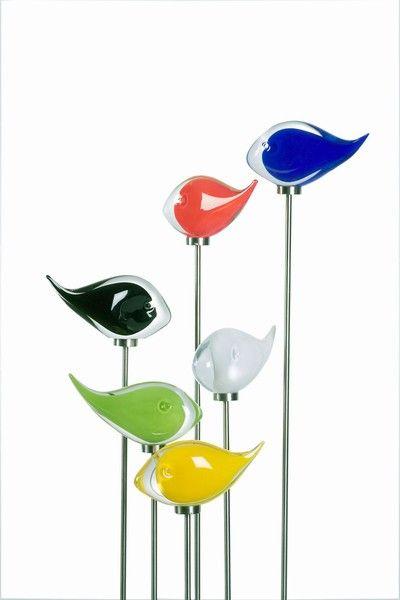 """Gartenskulptur """"Fisch Neon"""": Design Lennart Nissmark & Arthur Zirnsack. Stilvoller Fisch aus Kristall und in vielen verschiedenen Farben. Farbige """"Schwester"""" des Fisches """"Elegance""""."""