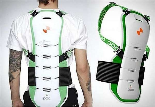 Spine-Protecting Ski Gear - The Spine Ergo BUG Protects Has your Back This Winter (GALLERY)