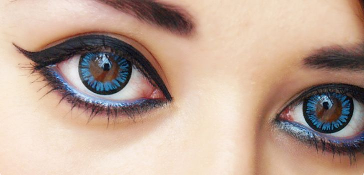 Enjoy your new colored #eye look and go ahead to make a striking style statement. #Lenses
