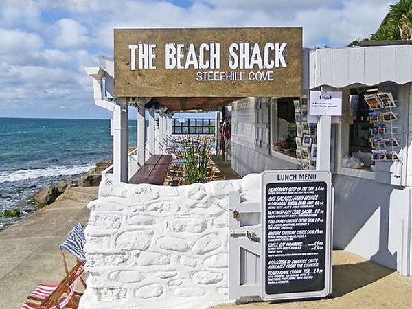 Why we love The Beach Shack beach bar and cafe Steephill Cove Isle of Wight. Click through to check out 10 great reasons why we love the Isle of Wight