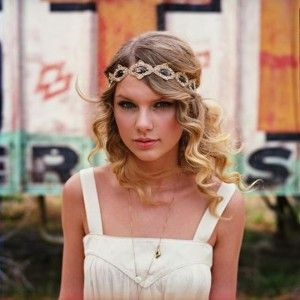 Boho Headband Trend   Taylor Swift's Headband Styles