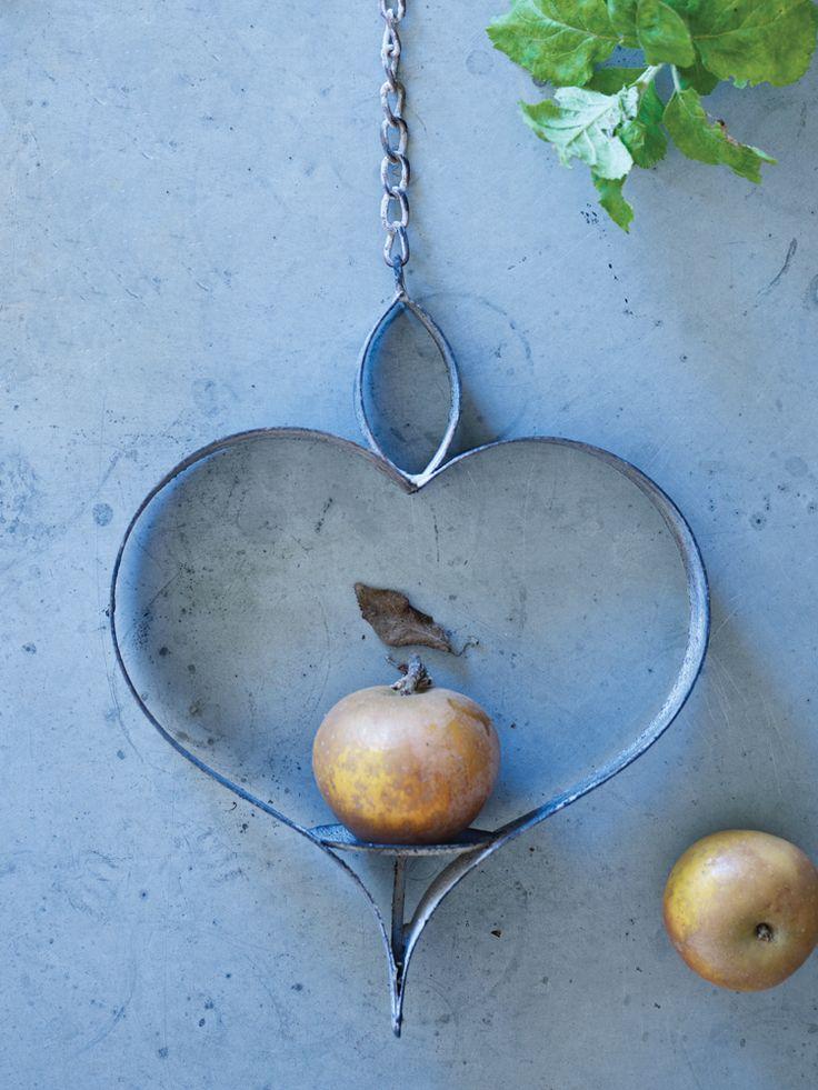 Metal Heart Bird Feeder