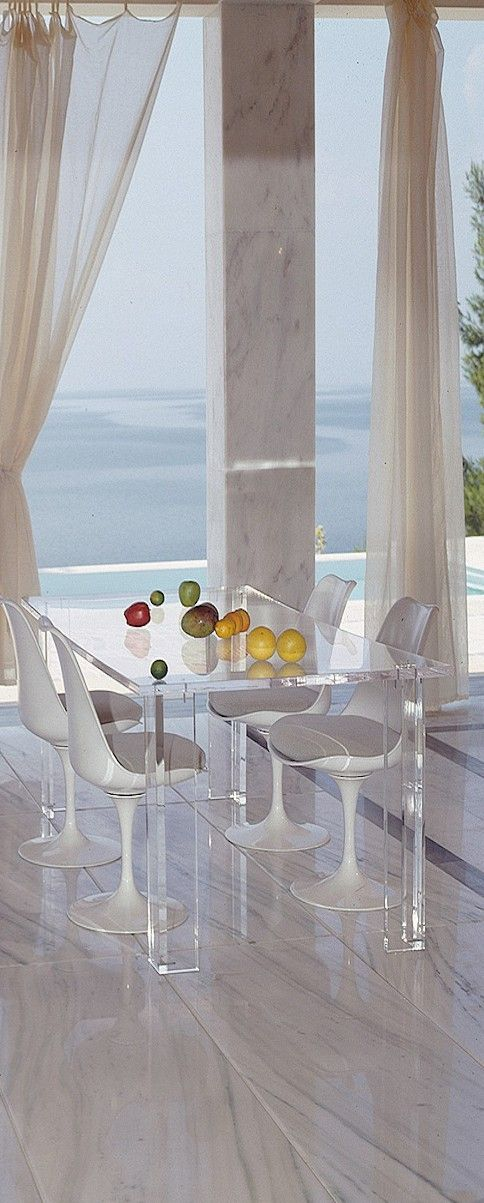 Luxury dining room with large marble floor & stunning ocean view!I can feel the breeze through the window.