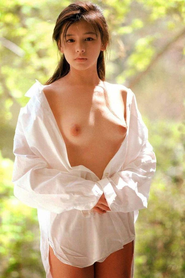 Vivian Hsu Nude 70