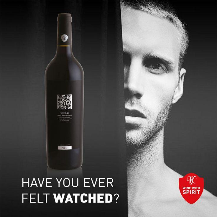 HAVE YOU EVER FELT WATCHED? www.winewithspirit.net  #WineWithSpirit #saturday #vinho #wine #portugal #carpenoctem #voyeur