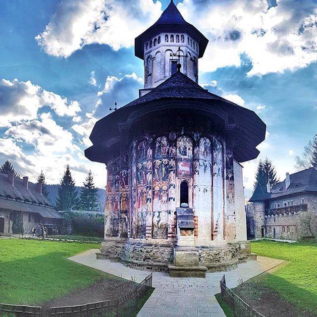 One of the many beautiful Monasteries of @dordebucovina