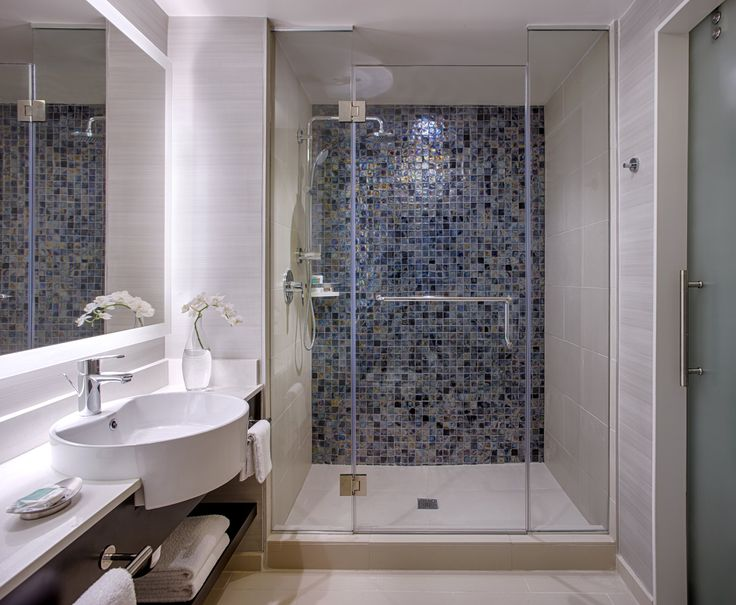 ... Luxury Hotel Bathrooms