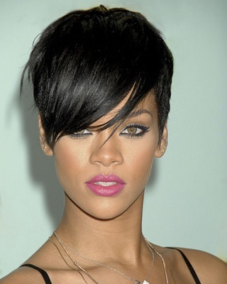 I love, love, love this crop. Rihanna and her hairstylist, Ursula Stephen, created an iconic haircut when Rihanna debuted this. Every time I see it, I want to cut my hair lol. For your stylist: taper on the side and at the back; Every day upkeep: style with your fingers.   Also: Her makeup is FLAWLESS!! (Photo: Frank Trapper/Corbis)Pixie Hairstyles Dark Hair, Shorts Haircuts, Crop Haircuts, Latest Hairstyles, Hair Style, Celebrities Hairstyles, Hairstyles Shorts, Curly Hair, Shorts Hairstyles