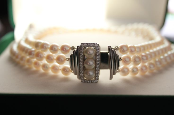 Wedding jewellery. Pearl Choker. Hand-made with 750 white gold and diamonds.  #roseandcrownjewellers #wedding #pearls