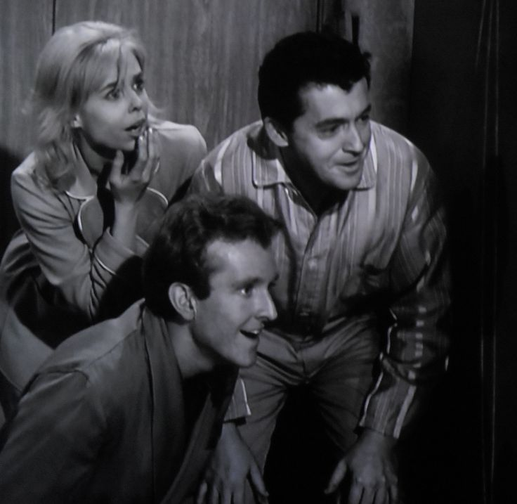 """Ruth (Sarah Marshall), Chris (Robert Sampson) and Bill (Charles AIdman) are happy to hear Tina and Mac, the dog. """"Little Girl Lost"""""""