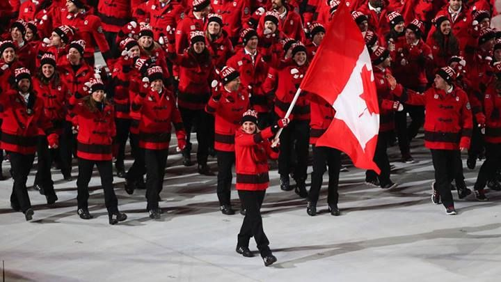 Canadian Olympic Team / Équipe olympique canadienne - Hayley Wickenheiser led #TeamCanada out at #Sochi2014 today at the Opening Ceremony. #WeAreWinter