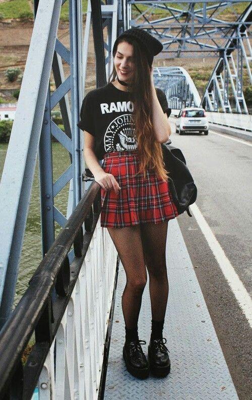 #style #fashion #ootd #styleinspo #grunge #grungeinspo #ramones #punk
