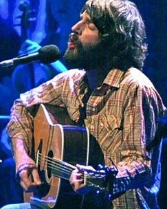I love you, Ray LaMontagne. Most beautiful voice and lyrics that get me every time. Each song makes me cry...