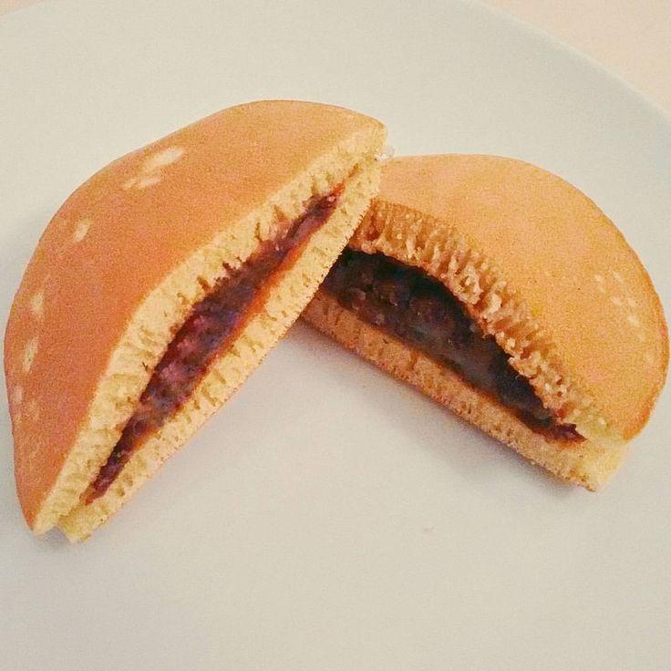 いいね!25件、コメント2件 ― Karin Daningerさん(@kadanin)のInstagramアカウント: 「Dorayaki mit Anko, Rezept von @cookingwithdog  #food #japan #japanese #dorayaki #igersaustria…」