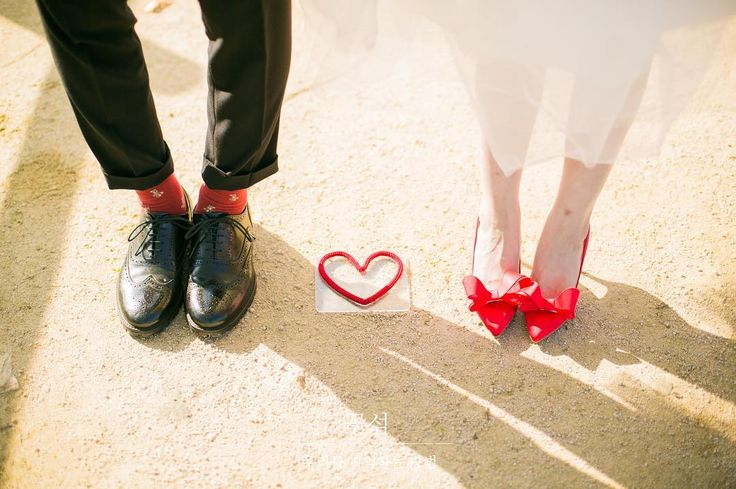 - #세미웨딩#세미웨딩스냅#야외웨딩스냅#노을공원#미키#미니#디즈니#justmarried#❤️꽃섬스냅#꽃섬#예비신부#예신#결혼준비#웨딩#웨딩스냅#맛보기#원본#조작가님#하나작가님#감사합니다 #wedding#weddingphoto#weddingphotography#weddingsnap#웨딩스타그램#서아웨딩 http://gelinshop.com/ipost/1517979931740399319/?code=BUQ8rSPjubX