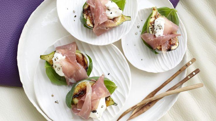 Edler Appetizer: Parma-Feigen mit Mascarponeschaum | http://eatsmarter.de/rezepte/parma-feigen