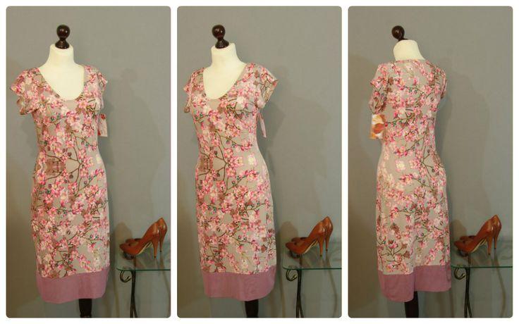 Серо-лиловое платье с принтом сакуры | Платье-терапия от Юлии