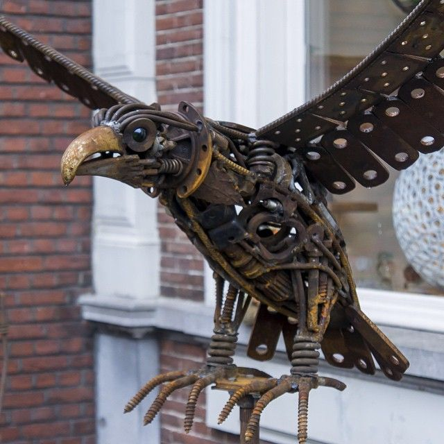 City Eagle - Jeroen Jacobs (NL)  Material iron  #art #iron #eagle #bird #fantasybird
