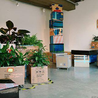 18ss main Artwork  objet ' Delivery Box '  Art directing with @mandoo_yo    413-1, Seogyo-dong, Mapo-gu, Seoul, Korea  Mon-Sun  1pm-9pm