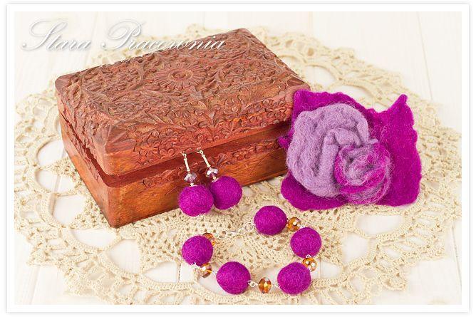 broszka z filcu, kolczyki z filcu, bransoletka z filcu, filcowana biżuteria, filcowanie metodą na mokro www.starapracownia.blogspot.com www.facebook.com/starapracownia
