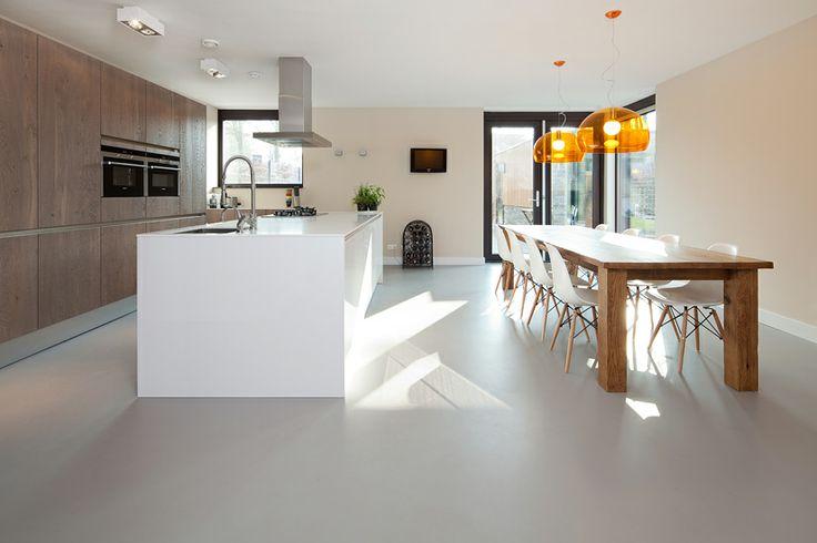 Google Afbeeldingen resultaat voor http://www.stijnstijl.nl/architectuurfotografie/gietvloeren/interieurfoto/gietvloer-interieur-01.jpg