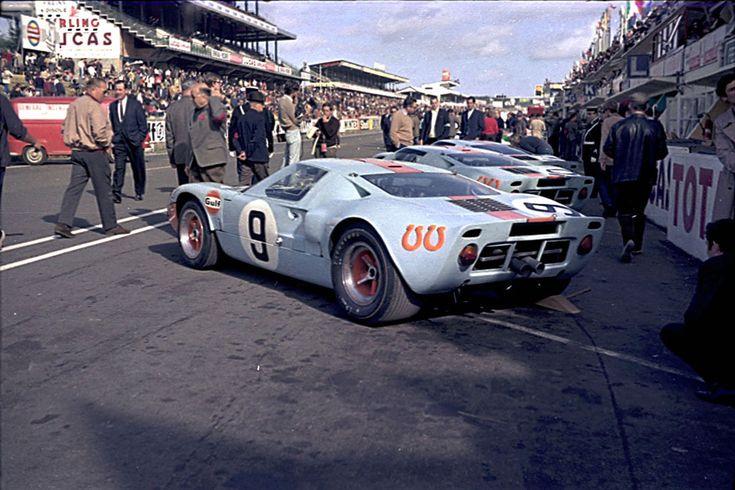 Pedro Rodriguez / Lucien Bianchi - Ford GT40 - John Wyer Automotive Engineering Ltd. - XXXVI Grand Prix d´Endurance les 24 Heures du Mans - 1968 International Championship for Makes, round 10 - Challenge Mondial, round 4