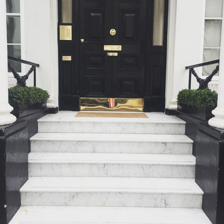 """170 Likes, 4 Comments - Amelia Carter Interiors (@ameliacarterinteriors) on Instagram: """"Beautiful Carrera Marble sreps installed at one of our clients in The Boltons #install #nonslip…"""""""