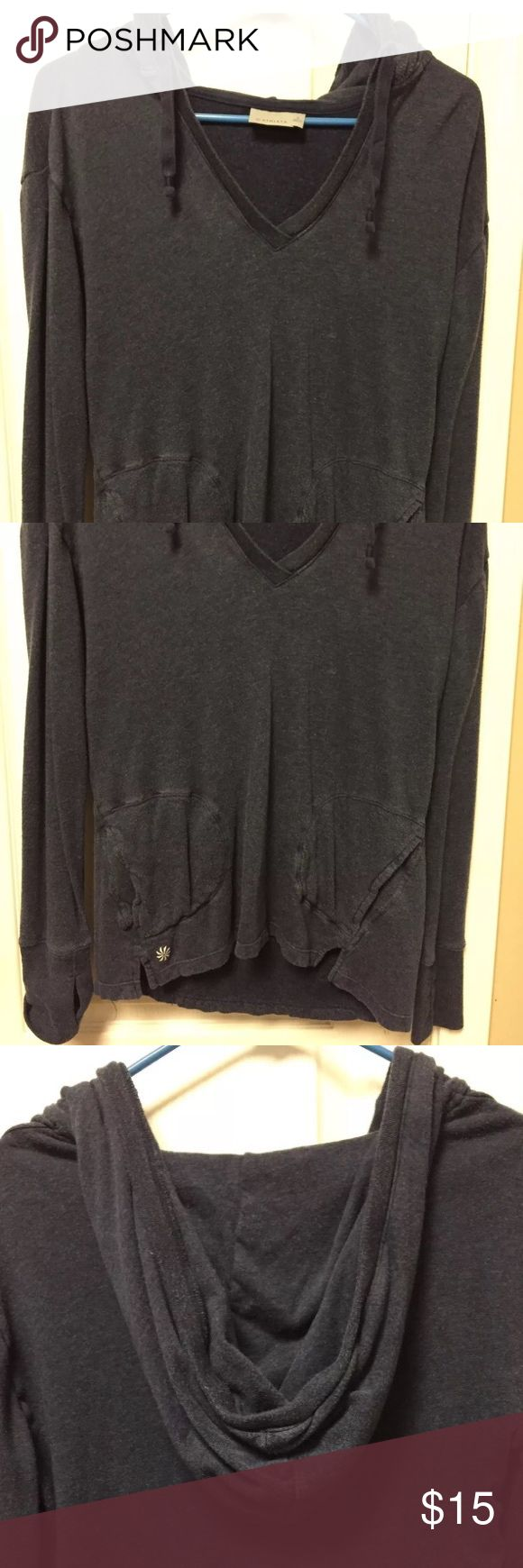 """Athleta No Rush Hoodie Sweatshirt S Navy Blue Athleta No Rush Hoodie Sweatshirt Pullover S Navy Blue Women's Small Athleta No Rush Hoodie Style # 982932 Length 27"""" Chest 21"""" (armpit to armpit) Tencel / Cotton/ Rayon Good pre owned condition - some pilling Non smoking home Athleta Tops Sweatshirts & Hoodies"""