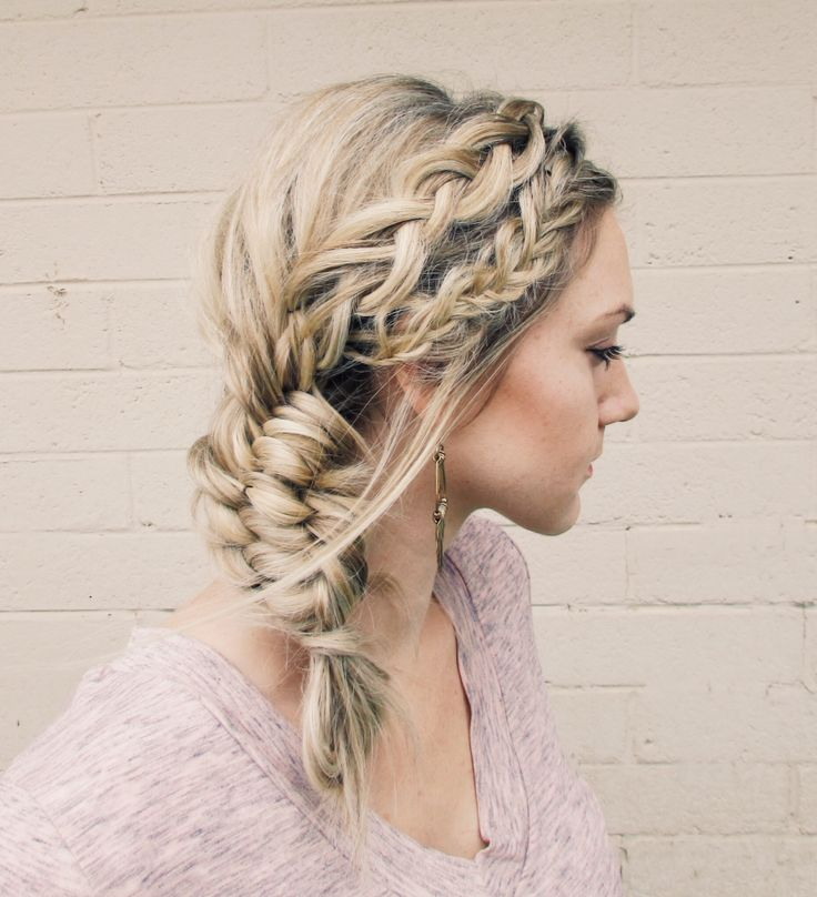 How To Tutorial: Fishtail, dutch braid, into a three strand fishtail with a french braid inside.
