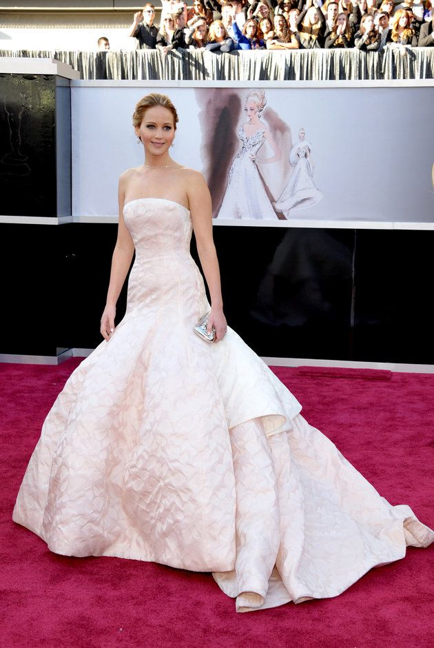 Jennifer Lawrence in Dior Haute Couture at the 2013 Oscars. Best seen vertical, pre-fall.