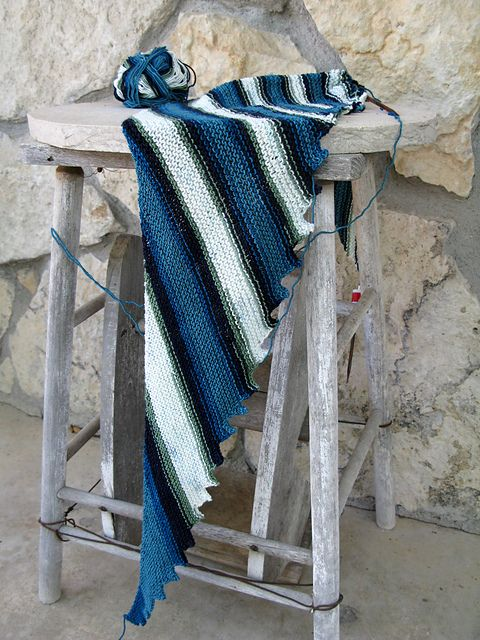 Ravelry: Project Gallery for Hitchhiker pattern by Martina Behm using Plymouth Diversity