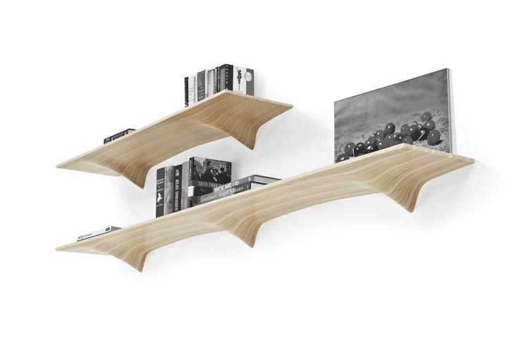 Ply Shelf étagères courbées par Matter Design