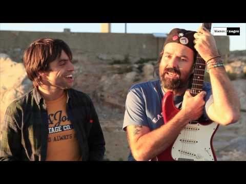 Manu Guix Amb Pau Donés - Dona-li A La Vida - YouTube