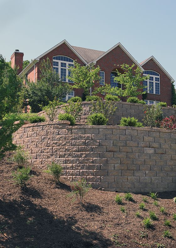 Developed for steep slopes and hillsides that pose a greater challenge to most wall systems, Vertica™ is the perfect solution for extremely tight spaces.